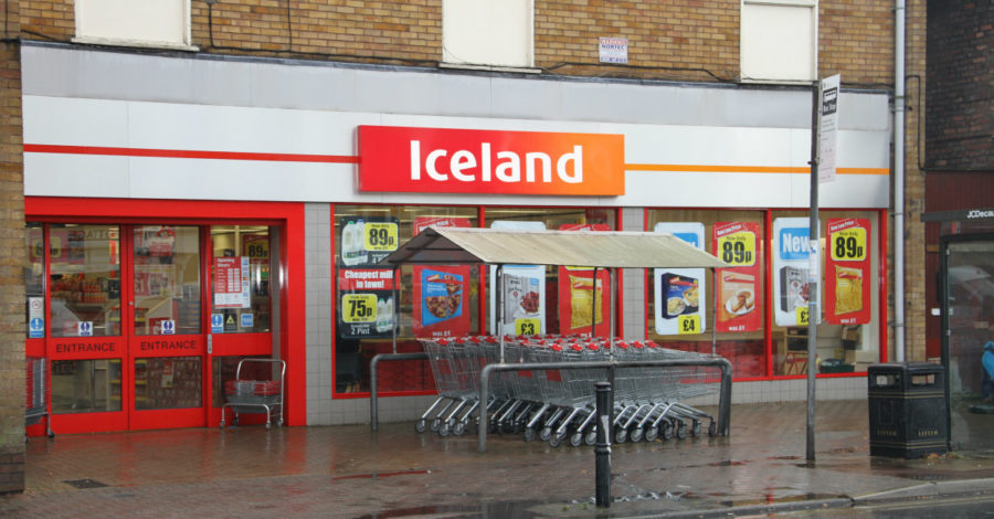 Police hunt three men after armed raid on Iceland in Timperley