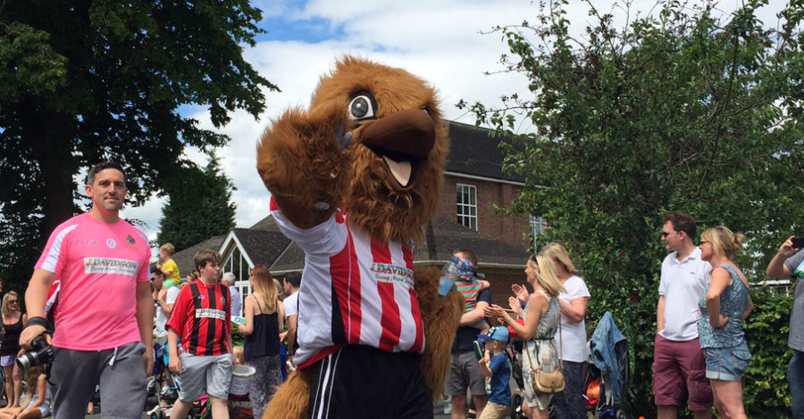 """Festival organiser hails """"one of the best years"""" as 25,000 turn out in the sunshine"""