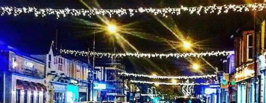 Hale to be lit up this Christmas after local businesses raise £15,000