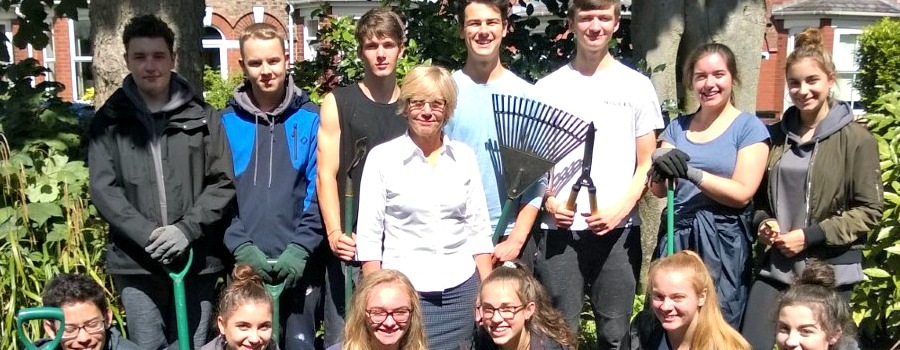 Green-fingered Altrincham teenagers transform Counselling & Family Centre gardens