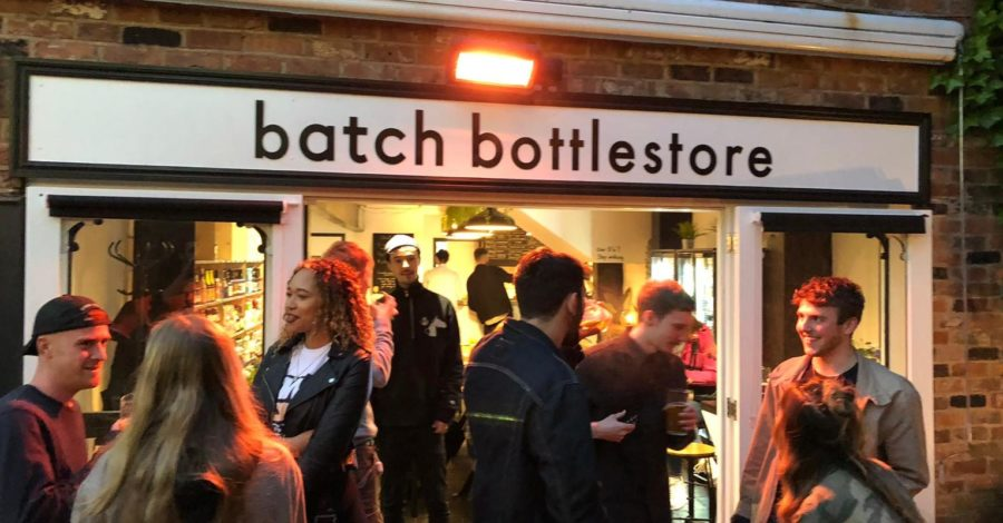 New independent bottle shop and bar opens in Altrincham town centre