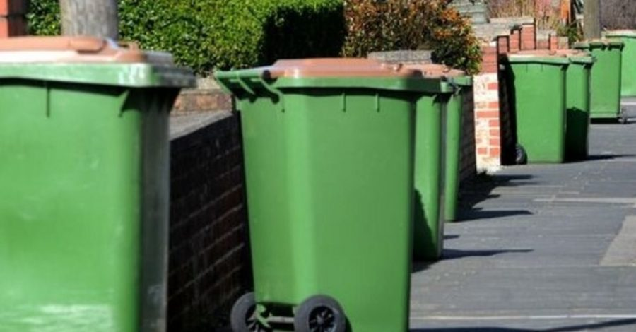 Green bin collection is returning to a weekly service once again