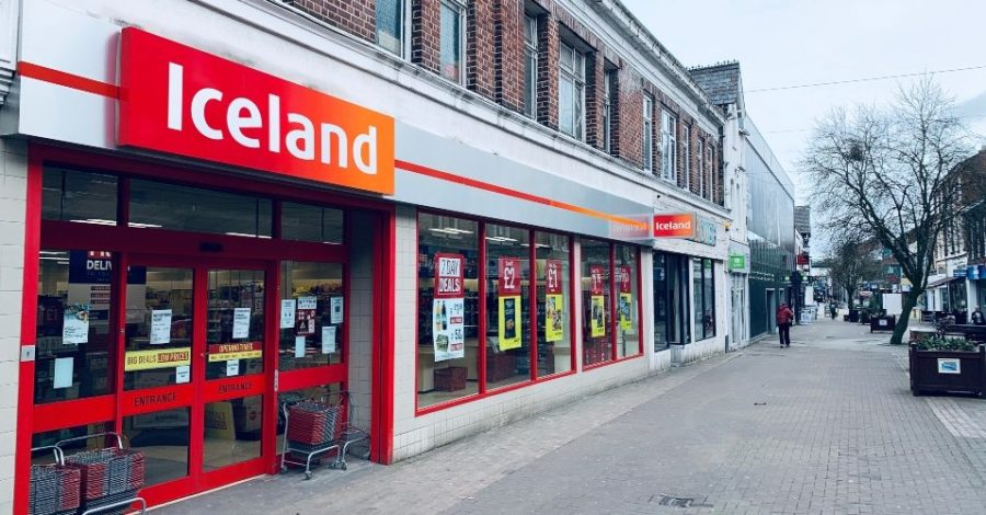 The Altrincham and Timperley branches of Iceland are to open just for elderly and vulnerable people for two hours on Wednesdays