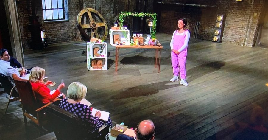 Timperley entrepreneur Evie takes her raw and vegan snacks business into the Dragons' Den