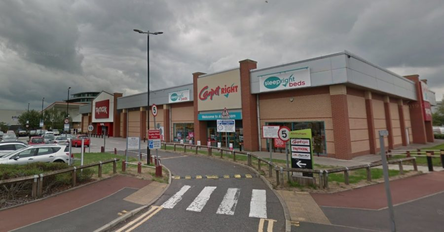 Altrincham shop closed down for breaching lockdown restrictions