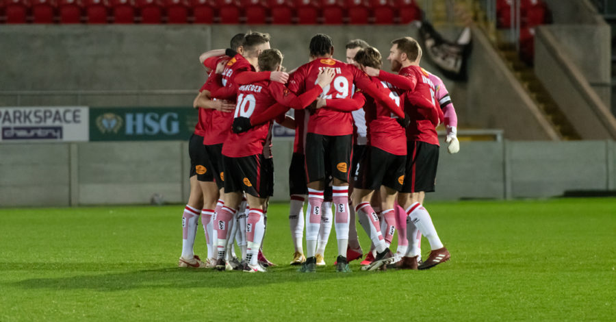 Robins look to rediscover cutting edge at Yeovil after surprise midweek defeat